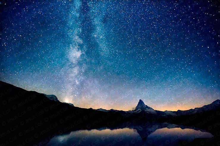 Stellisee (Suiza) / Nikon D800 / Nikkor 18mm Ai-S / ISO 3200 / 20 segundos f/:5.6