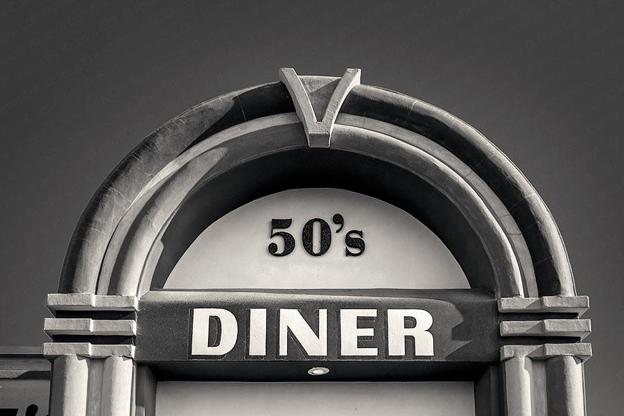 Peggy Sue's Diner, California